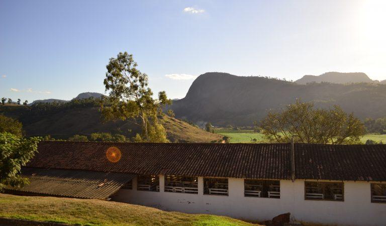 http://opuroleite.com.br/a-terra-do-leite-fiore/