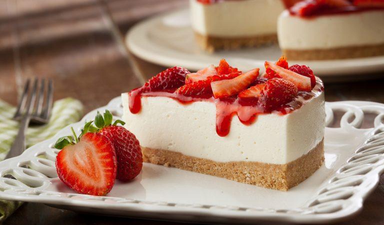 https://opuroleite.com.br/receita-de-cheesecake-de-morango-facil-rapida-e-que-agrada-a-todos/